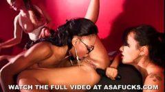 Festa de sexo em videos x com varias mulheres em putaria