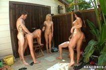 Meninas gostosas pornstars em grupal com dotados