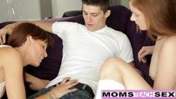 Mulheres gostosas na mesma rola do novinho experiente